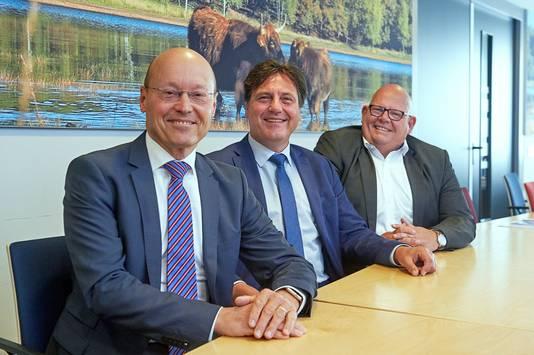 De drie wethouders van Landerd, na de vorming van de coalitie. Vlnr Hans Vereijken, Moritz Böhmer en Ben Brands.