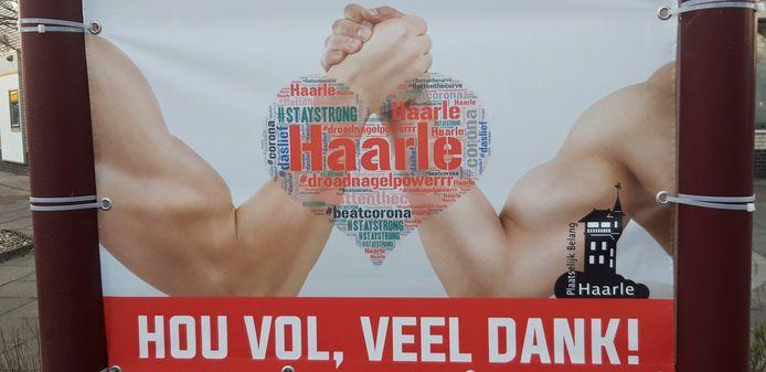 De inwoners van Haarle bedanken alle zorgverleners.