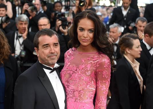 Arnaud Lagardère, PDG du groupe éponyme (avec son épouse, Jade)