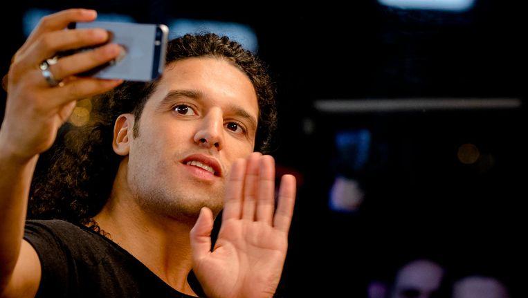 'Voor iemand die van verbinden een carrière heeft gemaakt, heeft Ali B een dubieuze kijk op complimenteren.' Beeld anp