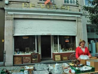"""Gewezen patisserie in de Stationsstraat is verkocht. """"Talloze familiefeesten van generaties Ronsenaars eindigden met gebak en ijs van bij Madam De Vuyst"""""""
