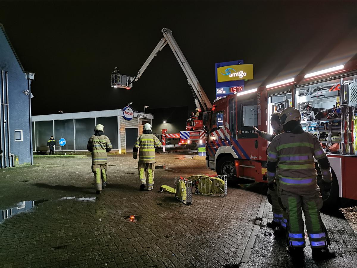 Brand in de wasstraat aan de Nijverheidsweg