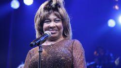 Ze sukkelt van de ene ziekte in het andere ongeluk: Tina Turner wordt 80, maar heeft weinig te vieren