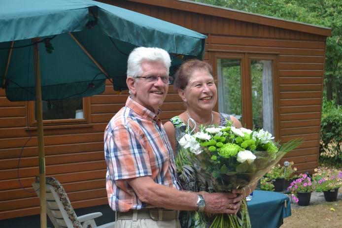 Marius en Joke de Haas staan al 40 jaar op de camping en mogen blijven zolang ze willen.