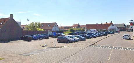Betaald parkeren in drie Veerse kustdorpen wordt uitgesteld