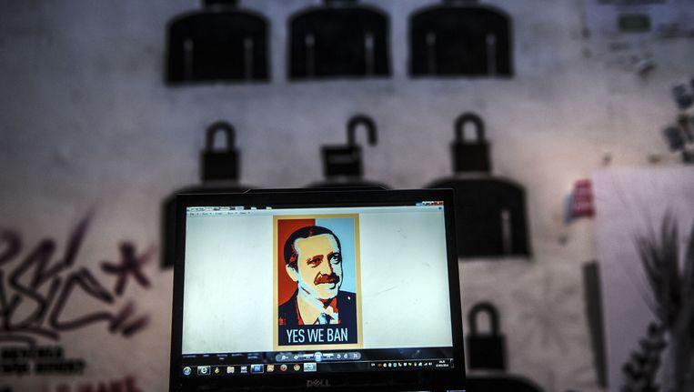 Uit protest dook deze cartoon van premier Erdogan op.