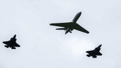 Botsing tussen passagiersvliegtuig en gevechtstoestellen nipt vermeden