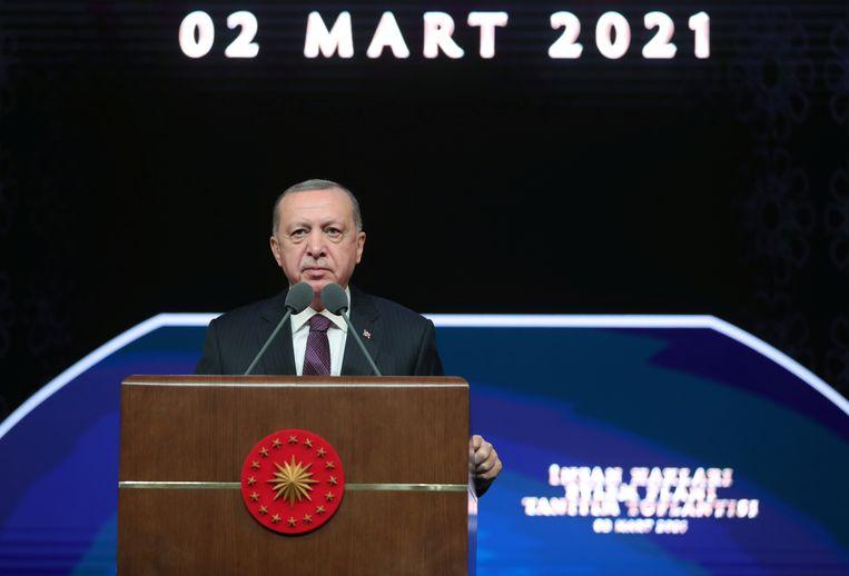 President Recep Tayyip Erdogan tijdens een vergadering over het Actieplan voor Mensenrechten. Beeld via REUTERS