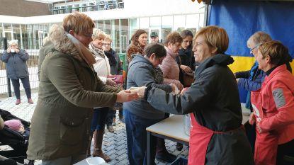 Leerlingen lager onderwijs maken 500 liter soep  voor het goede doel