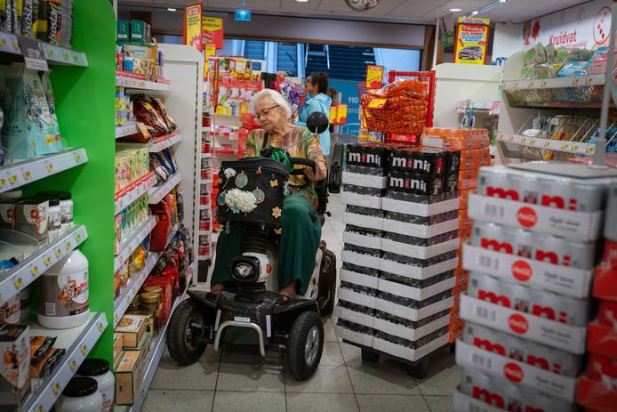 Meta de Vries in Kruidvatwinkel