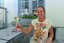 """Inge Aerts (51), eigenaar restaurant Begijnhof in Hoogstraten. ,,We zijn allemaal hard toe aan meer vrijheid. En knuffelen."""""""