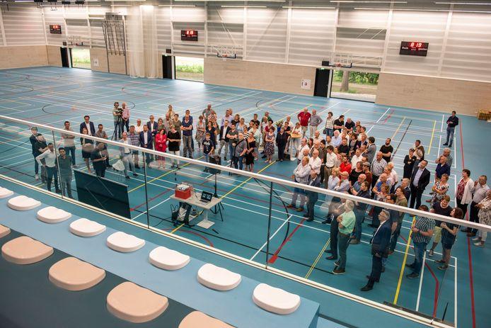 De sporthal van sportcomplex Den Butter is extra vergroot op verzoek van twee van de verenigingen.