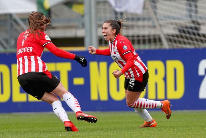 DEN HAAG 21-03-2020, Anika Rodriguez maakt de 1-1 voor PSV.