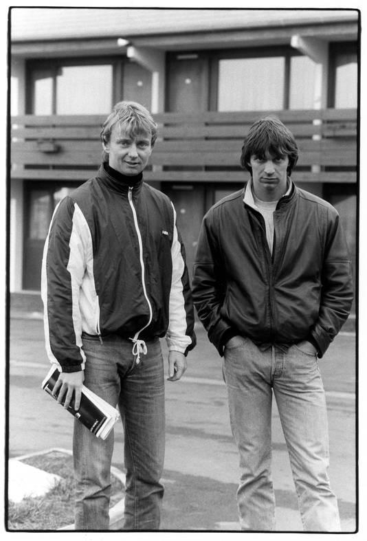 Cor van Hout (links) en Willem Holleeder, twee van de ontvoerders van Freddy Heineken.