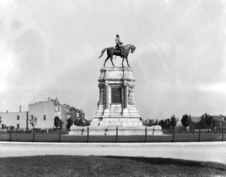 Equestrian statue of Robert E. Lee in Richmond, Virginia in 1905. (Photo courtesty Library of Congress/Getty Images) Beeld Getty Images