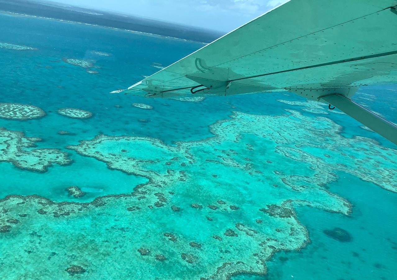 Vue aérienne de la Grande Barrière de corail (illustration).