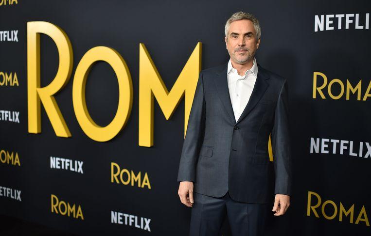 Alfonso Cuarón, regisseur van 'Roma', een film die kans maakt op tien Oscars. Beeld AFP