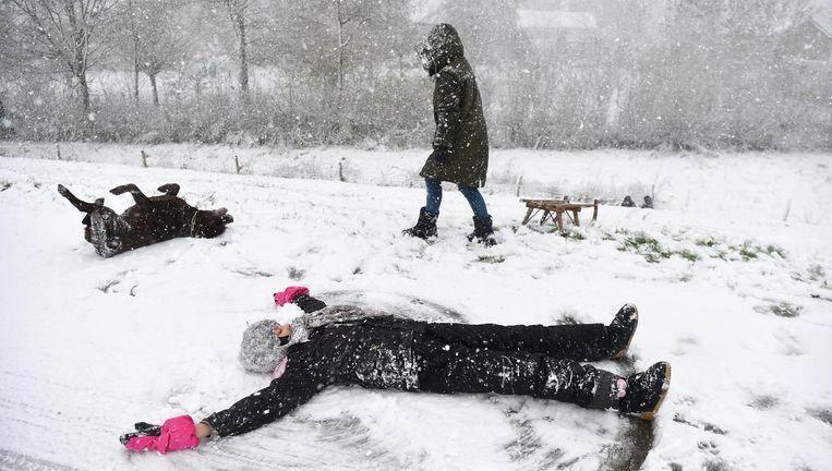 Sneeuwpret in Megen. Beeld Marcel van den Bergh