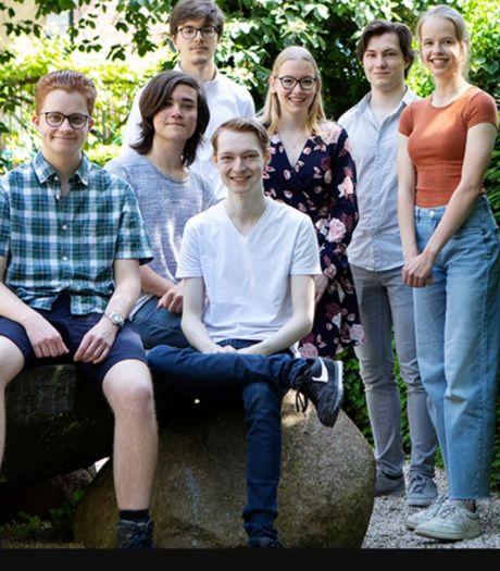 Leerlingen Eindhovens Van Maerlant Lyceum veroveren tweede plaats KNAW Onderwijsprijs