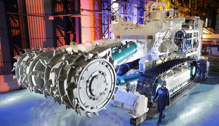 ► De gigantische Bulk Cutter van mijnbouwreus Nautilus Minerals. Ook baggerbedrijf DEME bouwt machines om de diepzee te ontginnen. Beeld Nautilus Minerals