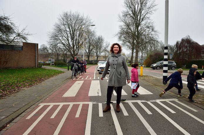Merijn Zanen, directeur van basisschool De Cirkel, op de Plaswijckweg.
