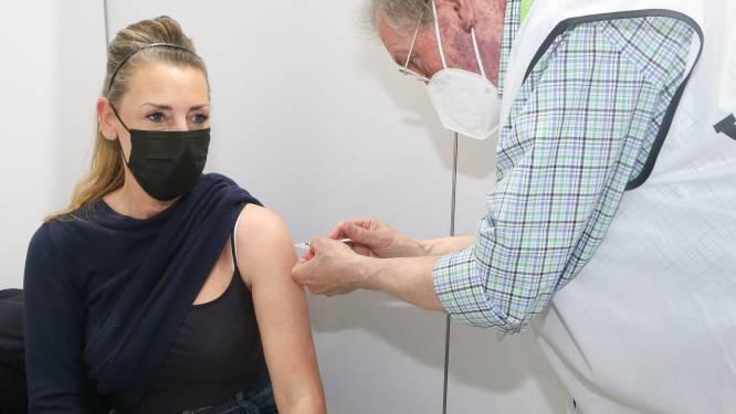 In de ene gemeente worden de veertigers al ingeënt, in de andere nog de 65-jarigen: hoe komt dat?