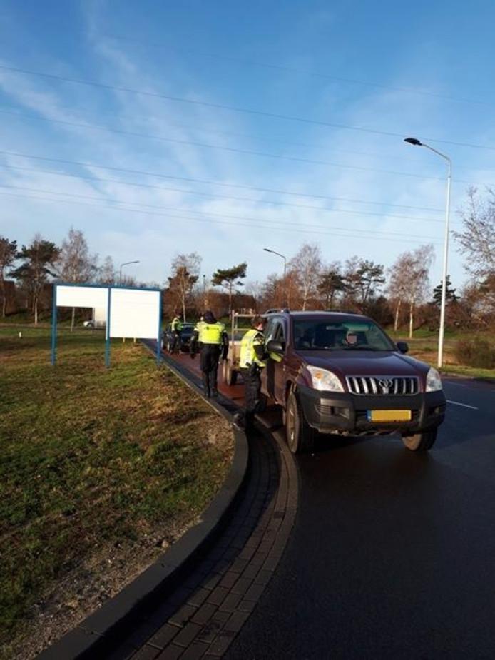 De politie controleerde woensdagochtend van 10.00 tot 11.00 uur op de Industrielaan in Uden.