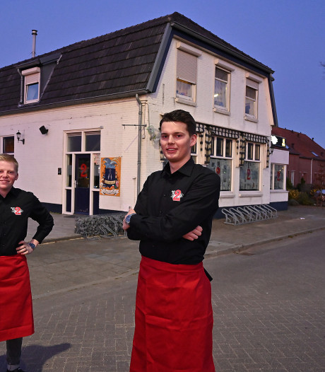 Café Die 2 in Oeffelt moet de deuren nog even gesloten houden