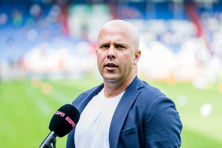 trainer Arne Slot  Beeld Pro Shots / Toin Damen