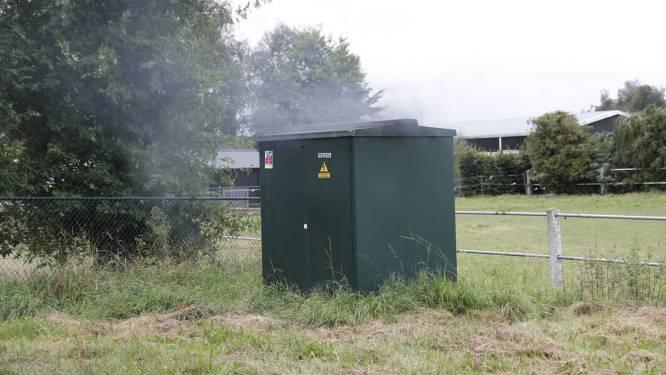 Transformatorhuisje vat vlam in Roosendaal: meerdere woningen zonder stroom