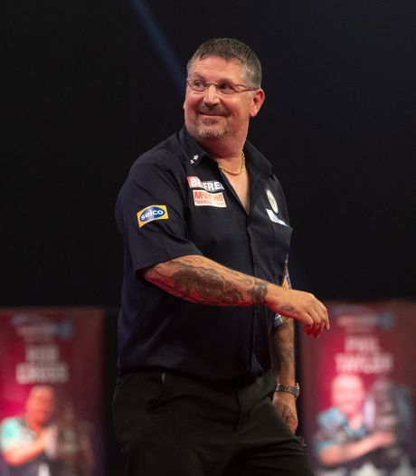 Gary Anderson na thriller tegen Michael Smith naar finale World Matchplay