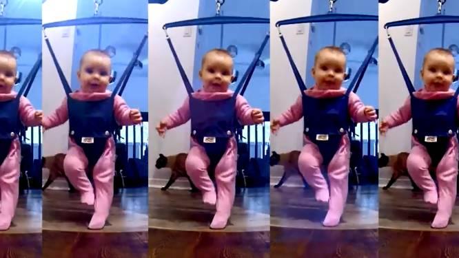 Schattig! Papa tovert dochter om tot 'Lord of the Dance'