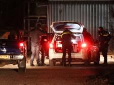 Politie plukt na stevige klopjacht in Kuinderbos bij Bant verdachten uit sloot en schuur