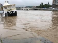 Les habitants de Liège priés d'évacuer la ville ou de monter aux étages