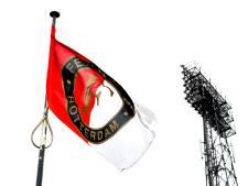Actie van Feyenoordsupporters schokt opnieuw: rode streep door davidster en regenboogvlag