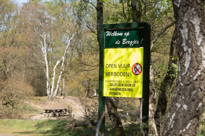 Geen open vuur in het bos.