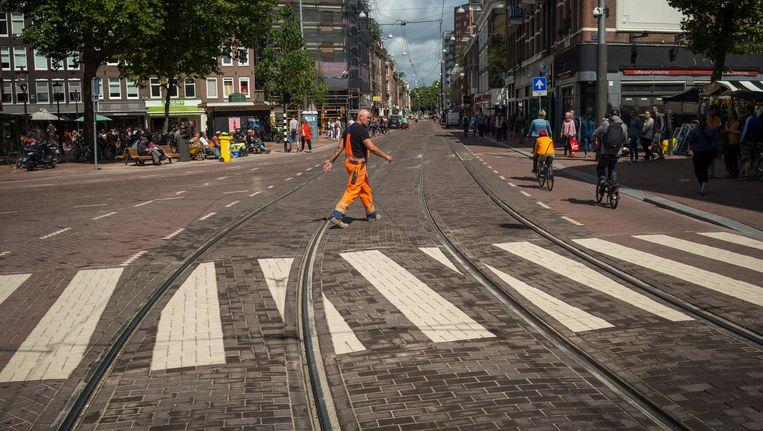 Over de volle lengte de Ferdinand Bolstraat bekijken, het kan weer. Beeld Marc Driessen