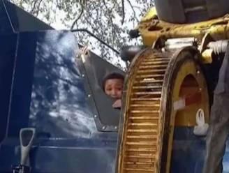 Amerikaans jongetje (7) verstopt zich in vuilbak in voortuin en wordt bijna geplet in vuilniswagen