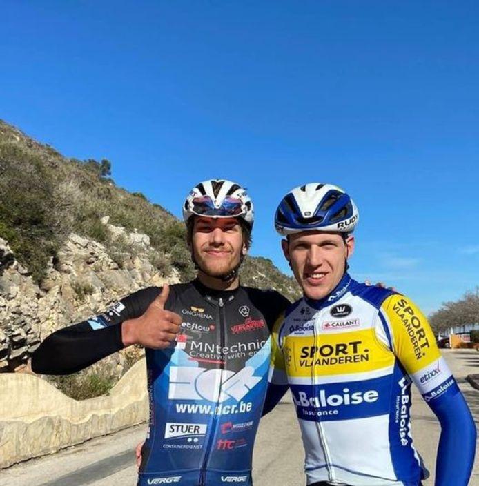 Sander De Pestel (r.) trainde deze winter meermaals met zijn broer Thomas in Spanje.
