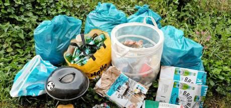 Lekjutters Vijfheerenlanden vonden deze zomer duizenden peuken, blikjes en flesjes