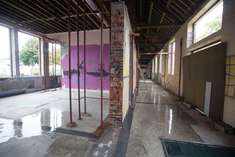 Een jaar lang lag de renovatie van de Sint-Albertussite stil door faling.Nu zijn de werken hervat