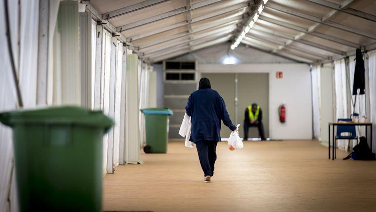 De tijdelijke noodopvanglocatie voor 3000 vluchtelingen op het ruim 600 hectare tellende Heumensoord bij Nijmegen. Beeld anp