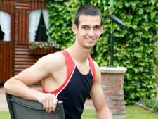 Joeri van der Hooft springt naar brons op NK indoor