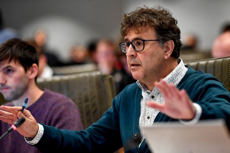 """N-VA-parlementslid Marius Meremans hekelt het initiatief van de linkse oppositie: """"Dit is een gevaarlijk precedent."""" Beeld BELGA"""