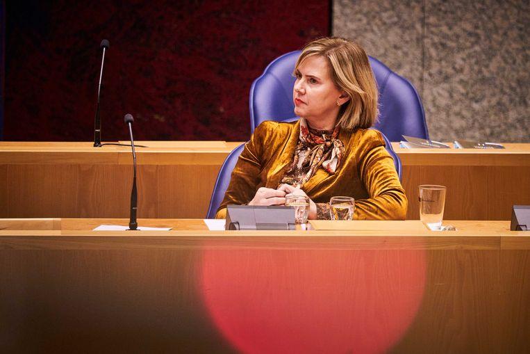 Minister Cora van Nieuwenhuizen van Infrastructuur en Waterstaat (VVD) maakte onlangs haar overstap bekend naar Energie-Nederland. Zo'n overstap is in de toekomst niet meer mogelijk. Beeld ANP