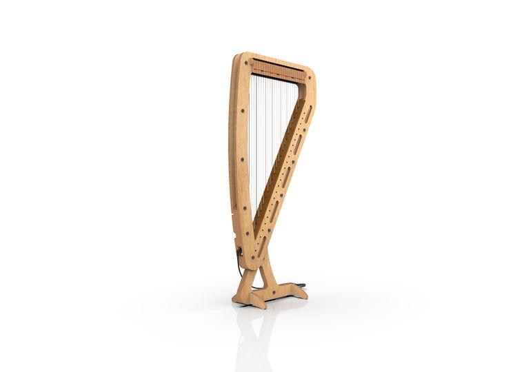 Technische foto van het nieuw ontworpen harpje, ontworpen door harpist Joris Beets.  Beeld