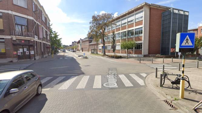 Twee tieners zwaargewond bij ongeval met vluchtmisdrijf in Antwerpen: politie doet oproep voor tips
