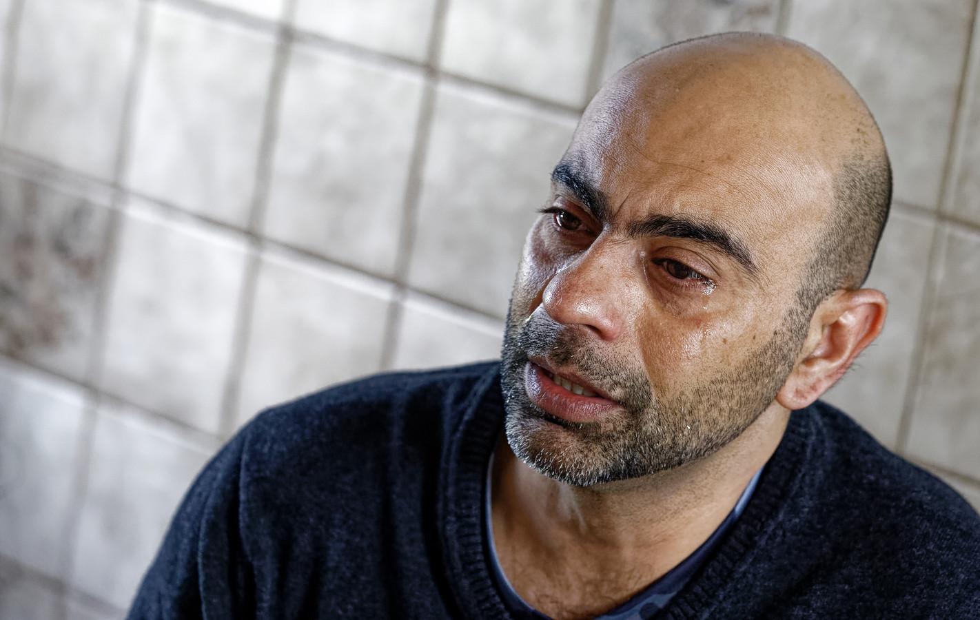 Ali Reza raakte drie huisgenoten kwijt door ongeluk op de A59. Het verdriet laat hem niet los.