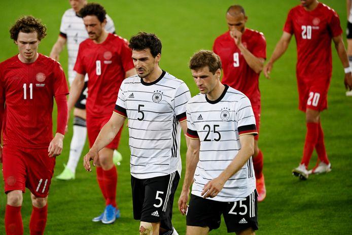 Löw kwam terug op zijn beslissing en riep Hummels en Müller weer bij de nationale ploeg.