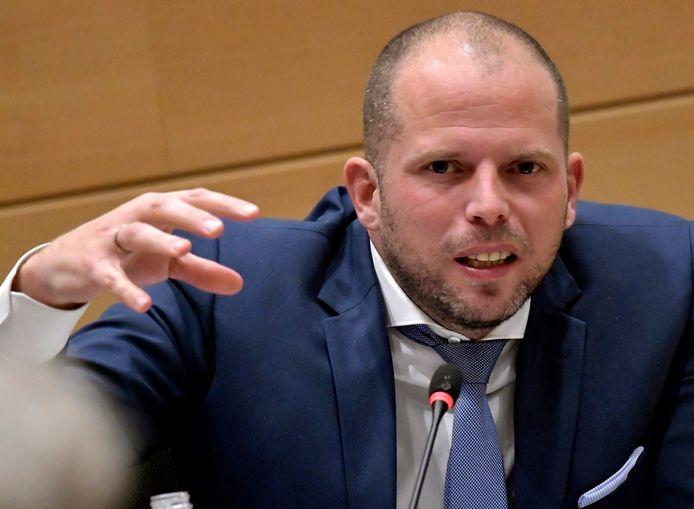Theo Francken a décidé de limiter à 60 par jour les demandes d'asile en Belgique.